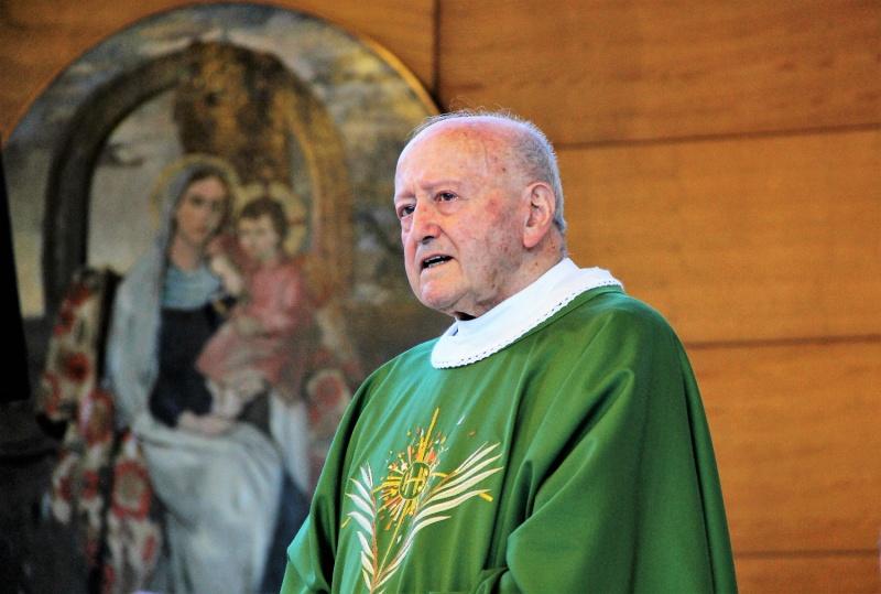 Zahvala za 70 let duhovništva p. Vladimirja Kosa